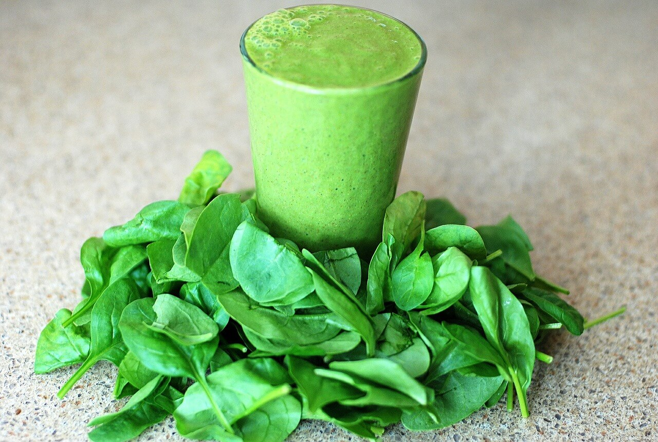 Can you Juice Spinach in a Masticating Juicer? Yes!