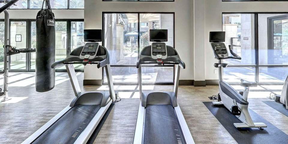 Choose a good treadmill under $500 and start home gym